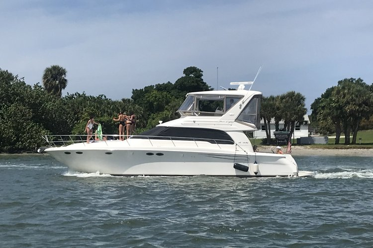 """52' Sea Ray Luxury Yacht  """"Palm Beach"""" Starting $1450 for 4 h"""