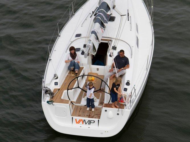 Beautiful Dehler Dehler Varianta 37 ideal for sailing and fun in the sun!