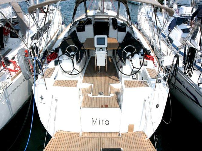 Sail Pula, HR waters on a beautiful Jeanneau Sun Odyssey 419