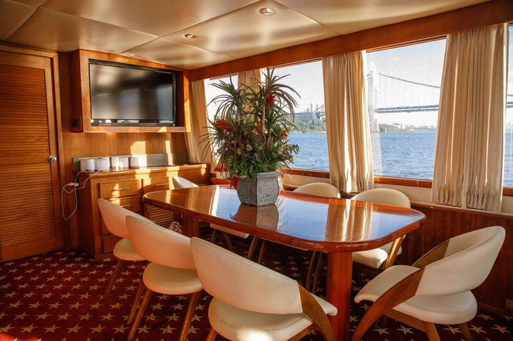 Boat for rent Chris-Craft 80.0 feet in Alpine Marina, NJ