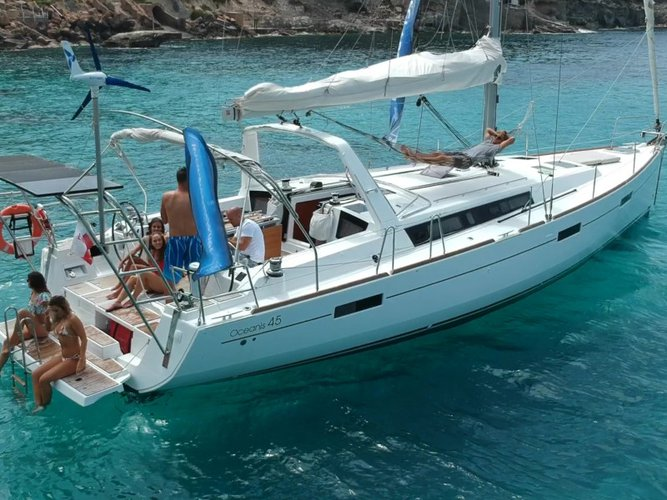 Discover Palma de Mallorca in style boating on this sailboat rental