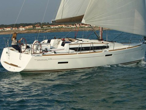Charter this amazing Jeanneau Sun Odyssey 379 in San Miguel de Abona, ES