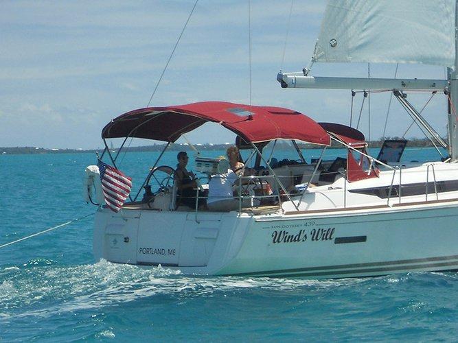Jeanneau's 43.9 feet in Key West
