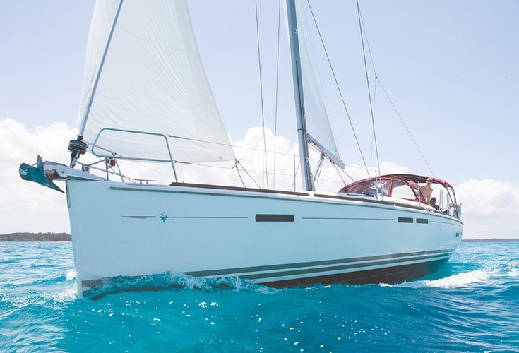 Discover Key West surroundings on this 439 Sun Odyssey Jeanneau boat