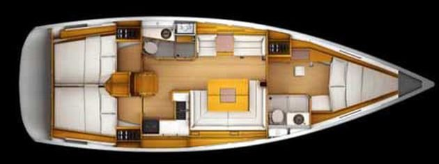 This 43.9' Jeanneau cand take up to 8 passengers around Key West