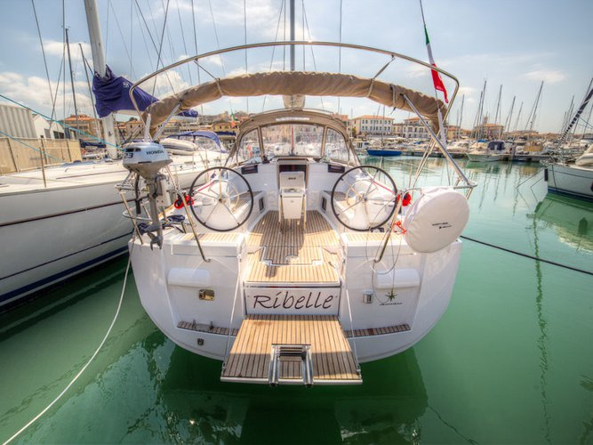 Get on the water and enjoy San Vincenzo in style on our Jeanneau Sun Odyssey 439