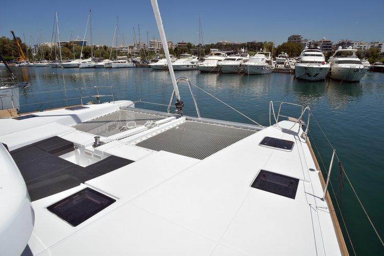 Lagoon boat for rent in Scrub Island