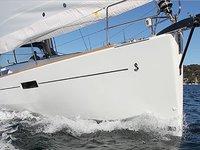 Hop aboard this amazing sailboat rental in Marmaris!