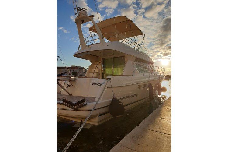 Jeanneau's 47.7 feet in Split