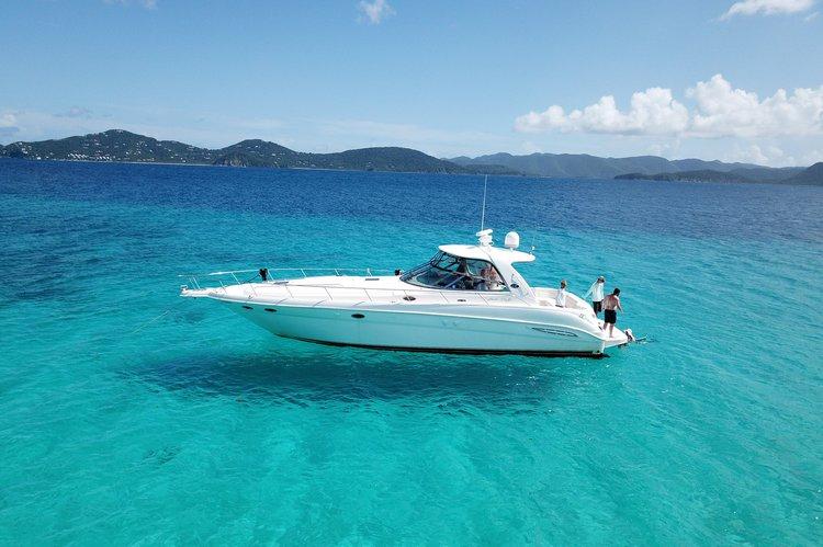 Express cruiser boat rental in Saga Haven Marina, U.S. Virgin Islands