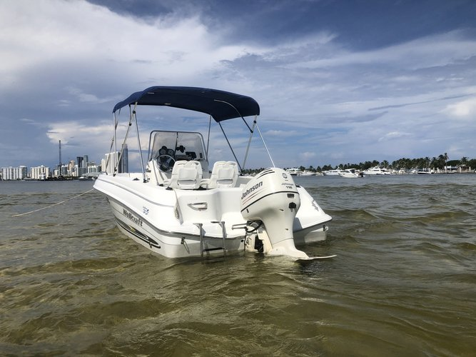Discover Miami surroundings on this 180 Wellcraft boat