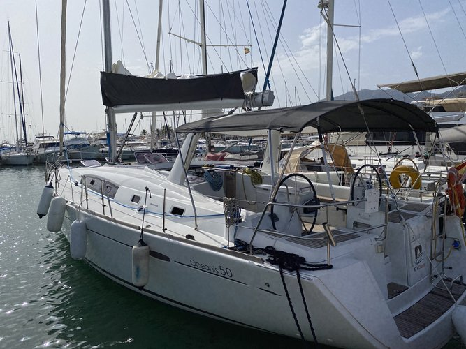 Unique experience on this beautiful Beneteau Oceanis 50 Gran Family