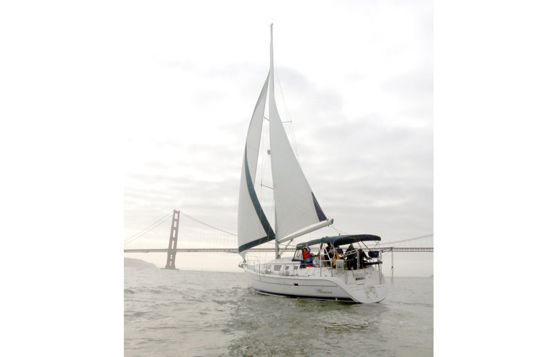 Sail San Francisco Bay on a luxury crewed sailboat-An intimate, sophisticated, experience for up to 6 passengers per tour