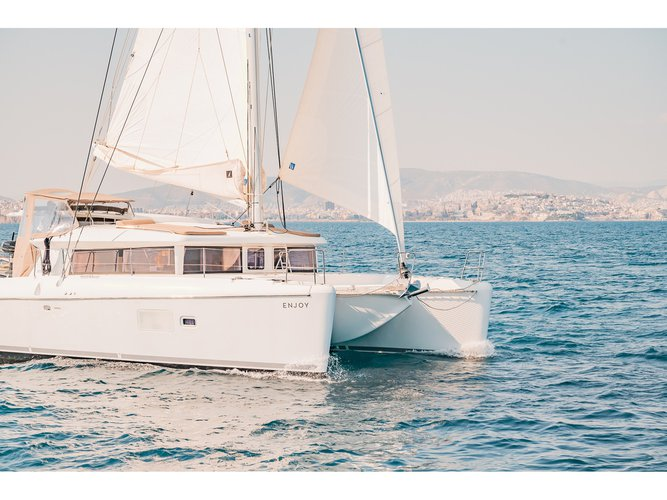 Enjoy Lefkada, GR to the fullest on our comfortable Lagoon Lagoon 421