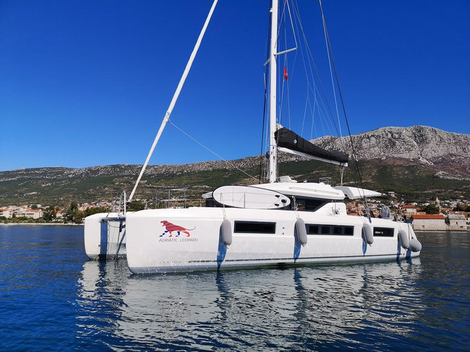 Get on the water and enjoy Dubrovnik in style on our Lagoon Lagoon 50