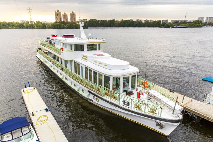 Exclusive routes through Russian cities!