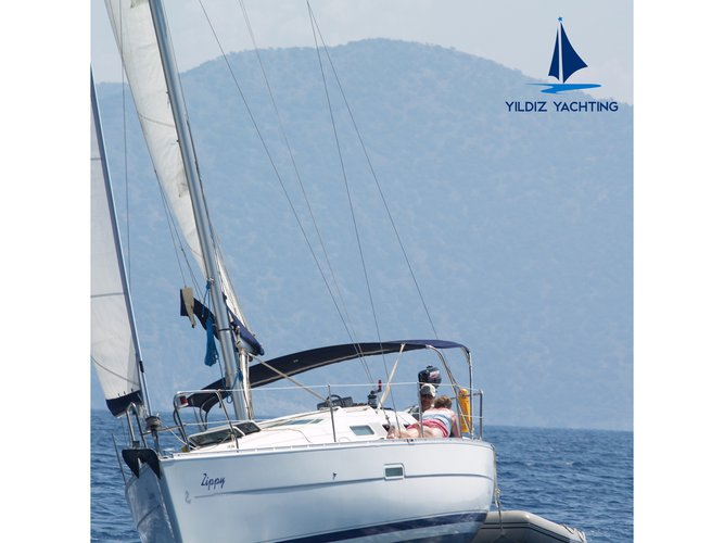 Get on the water and enjoy Fethiye in style on our Beneteau Oceanis 323