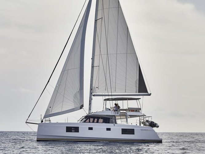 Charter this amazing sailboat in Palermo