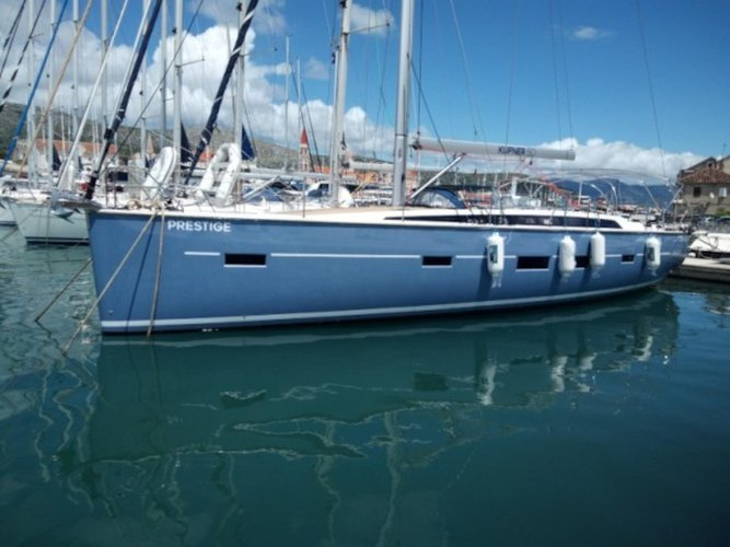 Relax on board our sailboat charter in Trogir