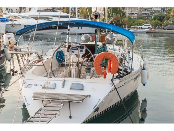 Beautiful Jeanneau Sun Legende 41 ideal for sailing and fun in the sun!