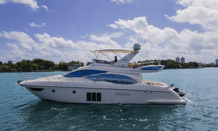 Azimut's 55.0 feet in Miami Beach