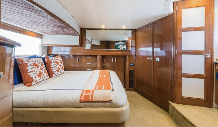 Boating is fun with a Flybridge in Miami Beach