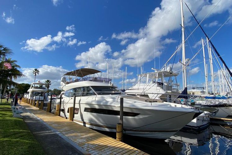 Rent a Luxury Yachting Experience!