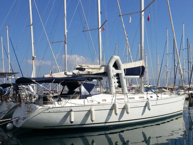 Explore Skiathos on this beautiful sailboat for rent