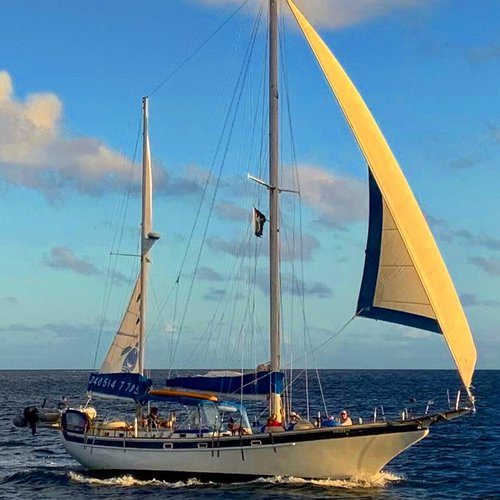 This 51.0' Durbeck cand take up to 6 passengers around Charlotte Amalie
