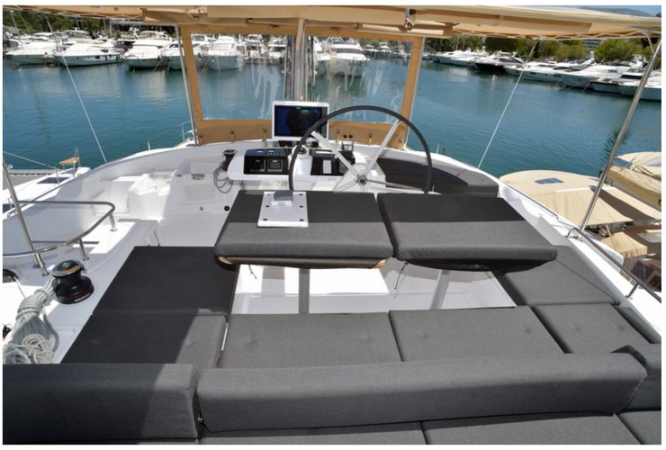 Up to 14 persons can enjoy a ride on this Lagoon boat