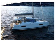 Rent this 42 ft sailing catamaran and relax in Bahamas