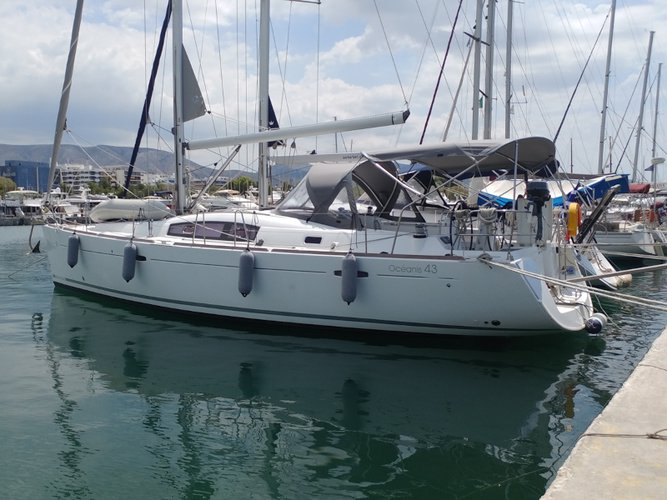 Get on the water and enjoy Elefsina in style on our Beneteau Oceanis 43