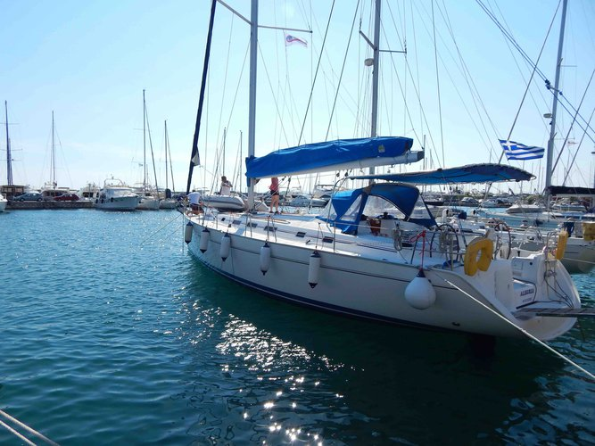 Sail the beautiful waters of Piraeus on this cozy Beneteau Cyclades 50.5