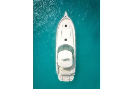 A luxury line boat is waiting for you in Virgin Islands