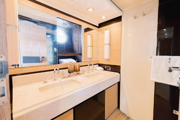 Boat rental in North Miami Beach, FL