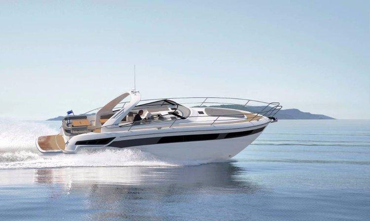 This 40.0' Bavaria Yachtbau cand take up to 5 passengers around Istra