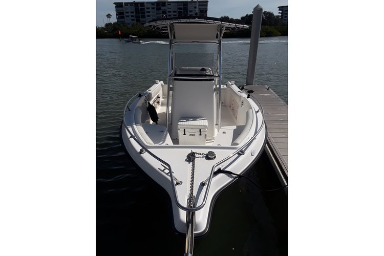 Boating is fun with a Center console in PALM HARBOR