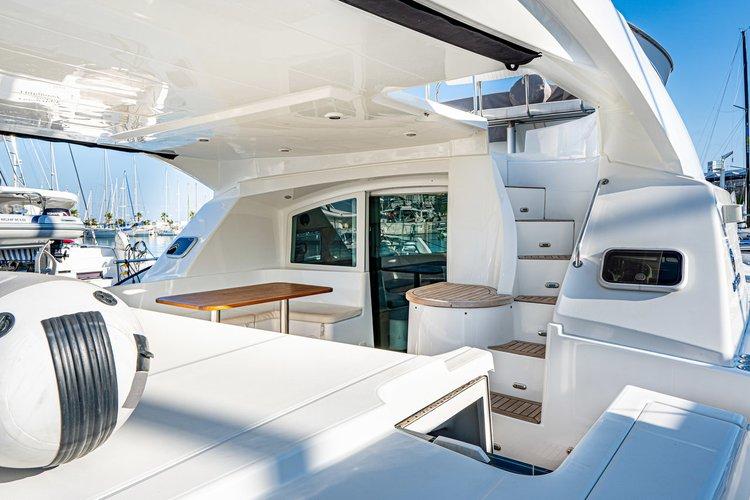 Discover Split region surroundings on this Lagoon Power 44 Lagoon-Bénéteau boat