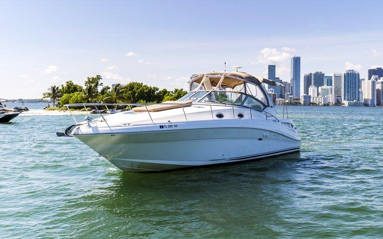 Sea Ray's 34.0 feet in Miami Beach