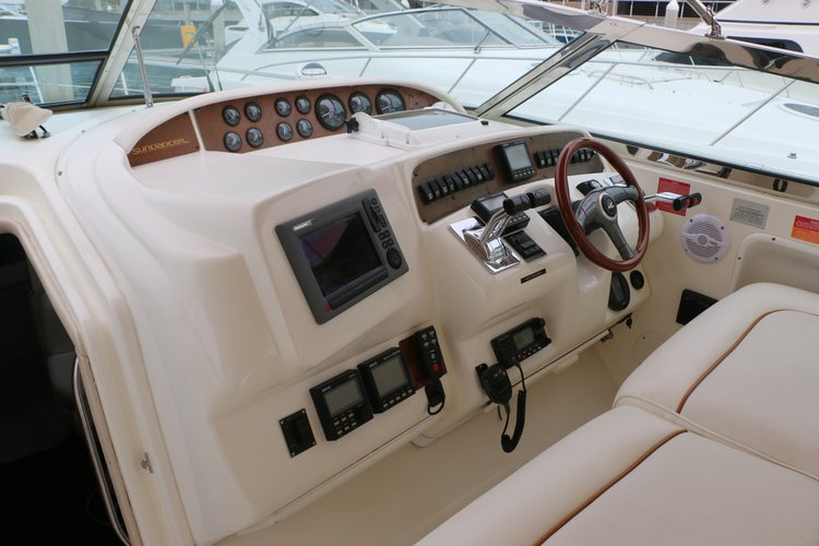 Boating is fun with a Sea Ray in Newport Beach