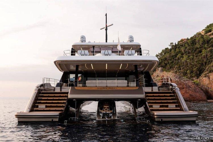 Motor yacht boat rental in Atlantis Marina, Bahamas