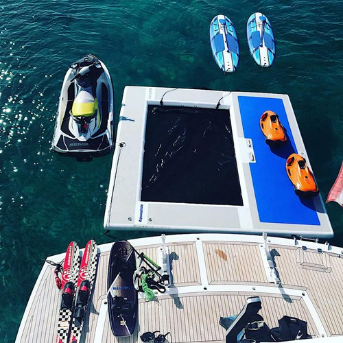 Sunseeker boat for rent in Paradise Island