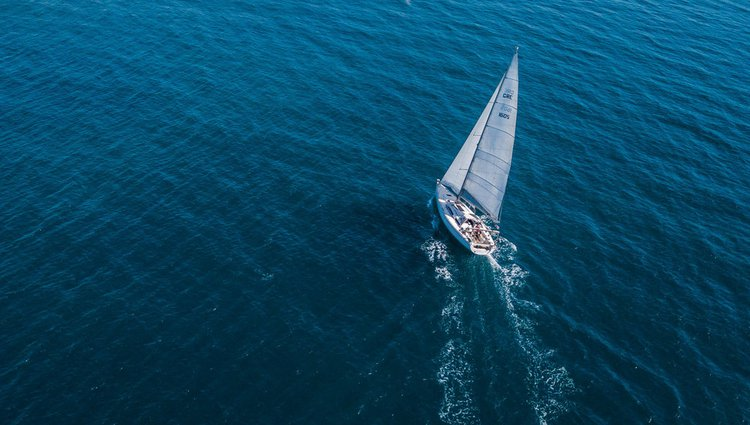 Take this AD Boats Salona 44 for a spin!