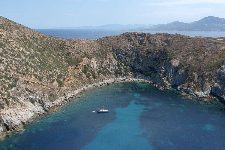 Cruiser boat rental in Gouvia, Greece