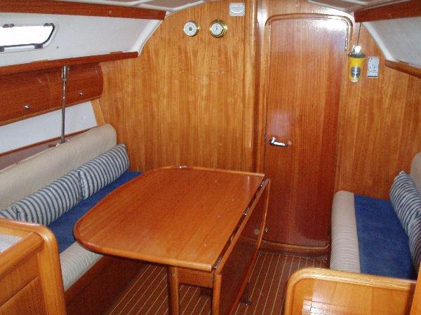 Bavaria Yachtbau's 32.0 feet in Saronic Gulf