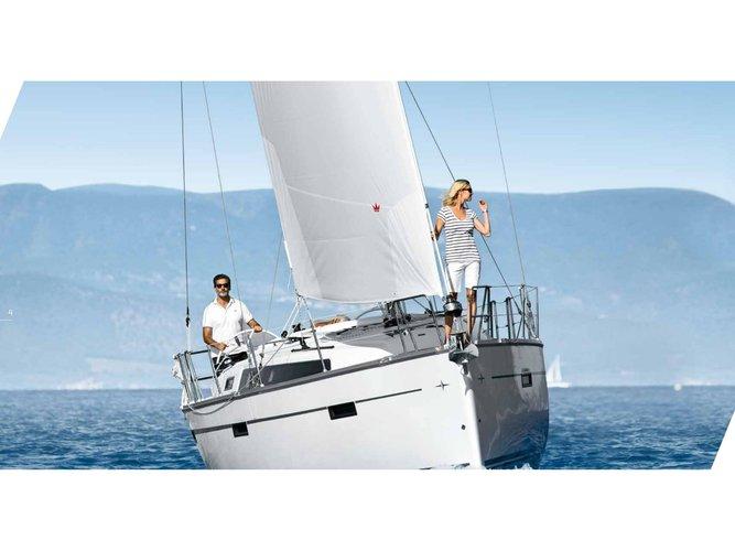 Jump aboard this beautiful Bavaria Yachtbau Bavaria 37