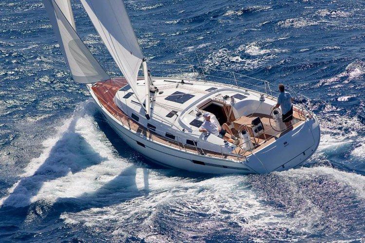 This 40.0' Bavaria Yachtbau cand take up to 8 passengers around Balearic Islands