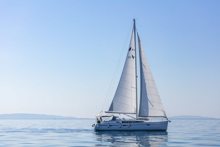 Charter this amazing Bavaria Yachtbau Bavaria Cruiser 46 in Split region, HR