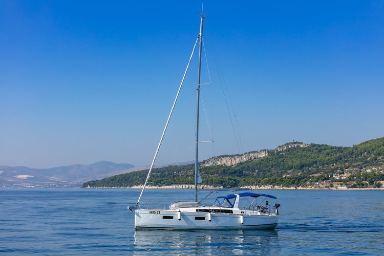 Boat for rent Bénéteau 37.0 feet in Marina Split - ACI , Croatia