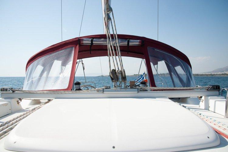 Bénéteau's 46.0 feet in Saronic Gulf